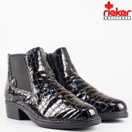 Дамски комфортни боти от 100% естествени материали на известната швейцарска фирма Rieker в черен цвят 72661krch
