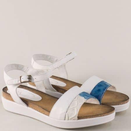Кожени дамски сандали в бяло и синьо на платформа 734154b