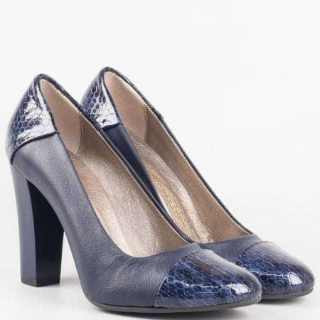 Дамски официални обувки в комбинация от висококачествена естествен кожа и лак в син цвят 75sks