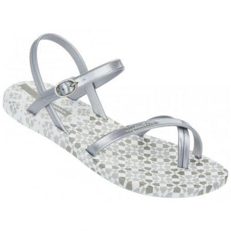 Модерни и комфортни дамски сандали Ipanema в сребърен цвят  8147420932