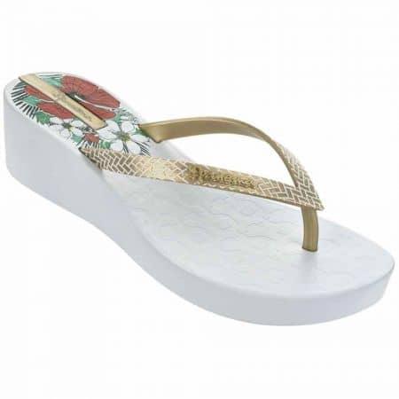Дамски бразилски джапанки на клин ходило с лента между пръстите и флорален мотив- Ipanema в бяло 8170322611