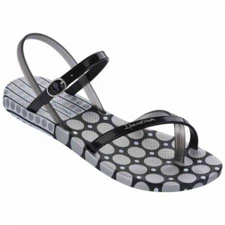 Практични дамски сандали с лента между пръстите- Ipanema в черен цвят  8170921708