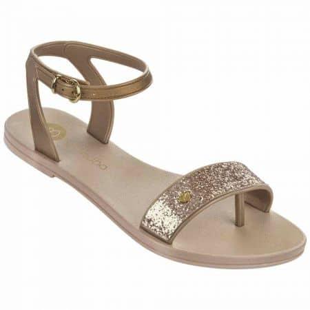 Дамски атрактивни сандали изработени от висококачествен силикон на бразилската марка Grendha в бежов цвят 8178990065