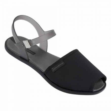 Дамски бразилски сандали с модерна визия- Ipanema в черен цвят 8184190023