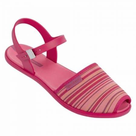 Свежо розови дамски сандали на равно ходило на бразилският производител Ipanema 8184190246