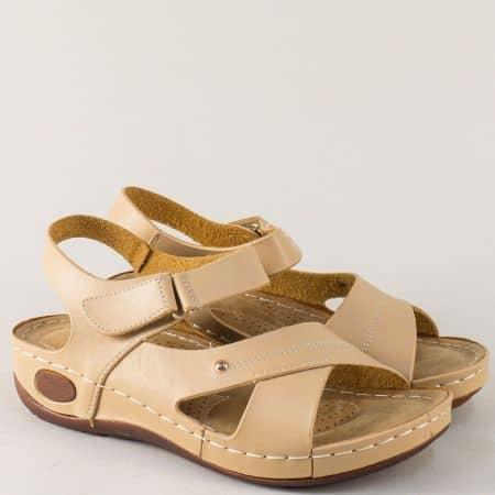 Бежови дамски сандали на удобно ходило и велкро лепка 820026bj
