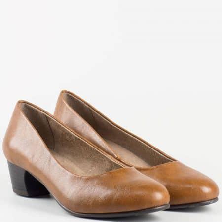 Ежедневни немски дамски обувки Jana в кафяв цвят с мека стелка 822360k