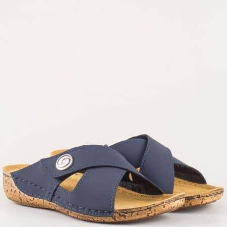 Дамски чехли за всеки ден на комфортно ходило с естествена велурена стелка на немския производител Jana в син цвят 827207s