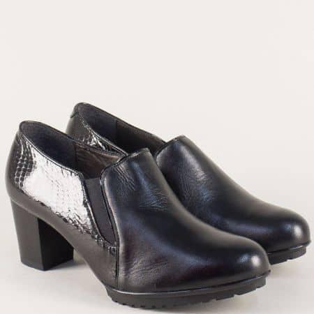 Кожени дамски обувки на среден ток в черен цвят 82781ch