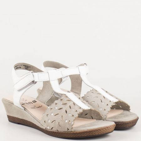 Перфорирани дамски сандали с камъчета на клин ходило от естествена кожа в сиво и бяло- утвърден немски производител 828202b