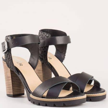 Дамски стилни сандали изработени от висококачествена естествена кожа на холандския производител Bull Boxer в черен цвят 833003ch
