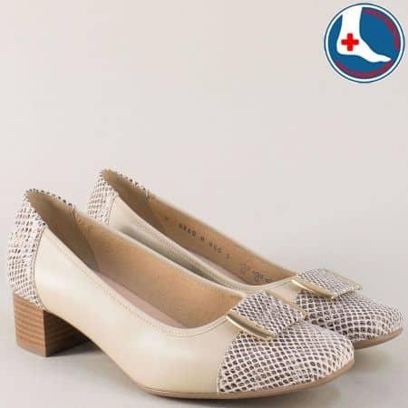 Бежови дамски обувки с кожена стелка и нисък ток  869bj
