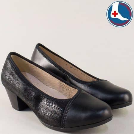 Черни дамски обувки на среден ток от естествена кожа 8726ch
