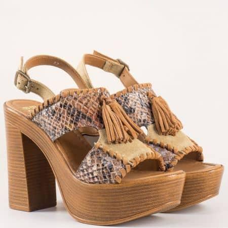 Екстравагантни дамски сандали с пискюл на висок стабилен ток от естествена кожа в кафяво- Bullboxer 881004k