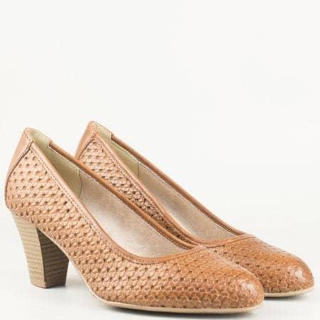 Дамски комфортни обувки от висококачествена естествена кожа на немския производител Jana в кафяв цвят 8822401k