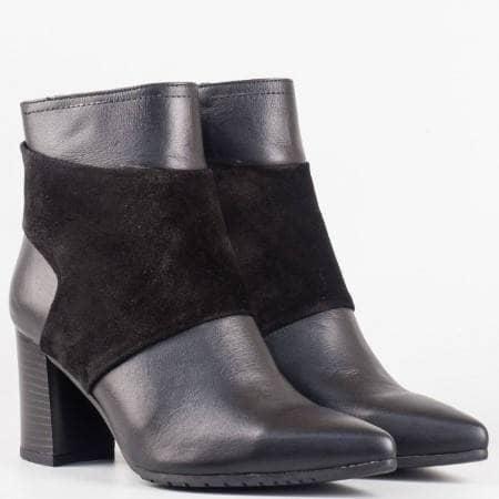 Дамски елегантни боти изработени от висококачествен естествен велур и кожа на български производител в черен цвят 900chvch
