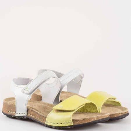 Ежедневни дамски сандали в бяло и зелено с велурена стелка 9052z