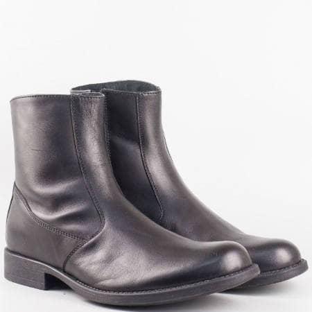 Мъжки стилни боти изработени от 100% естествена кожа на водещ български производител в черен цвят 9102ch