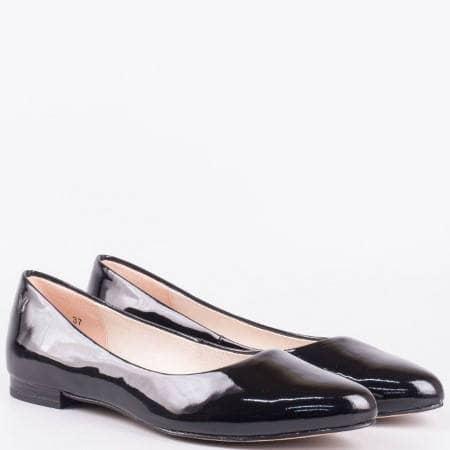 Дамски обувки Caprice, тип балеринки от 100% естествен лак в черен цвят 922107lch