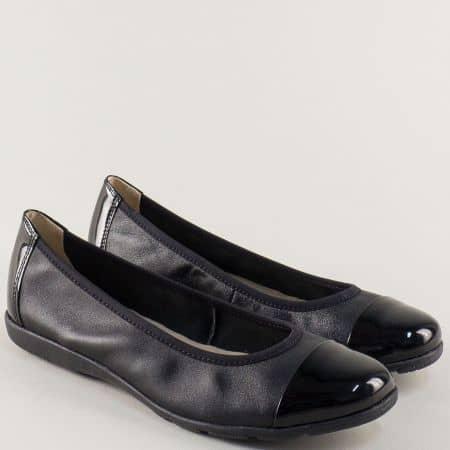 Черни дамски обувки Caprice от естествена кожа и лак на равно ходило 922152ch