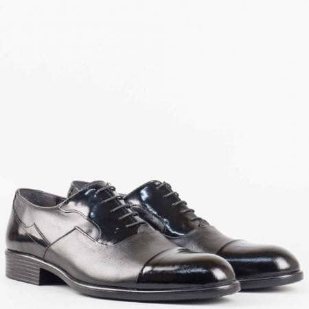 Мъжки елегантни обувки изработени от висококачествена естествена кожа и лак в черен цвят 927ch