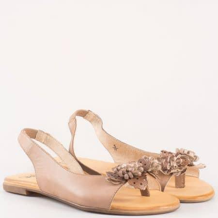 Дамски атрактивни сандали изработени от висококачествена естествена кожа, включително и меката стелка на Caprice в кафяв цвят 928100k