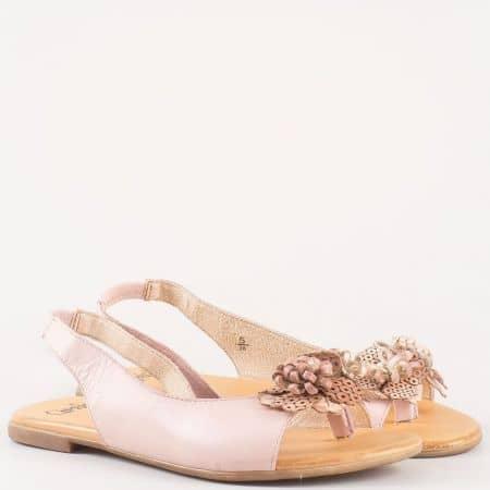 Дамски сандали за всеки дени изработени от висококачествена естествена кожа на немския производител Caprice в розов цвят 928100rz