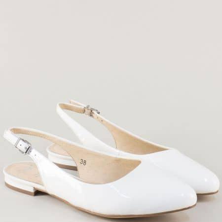 Дамски обувки с отворена пета от бял естествен лак 929402b