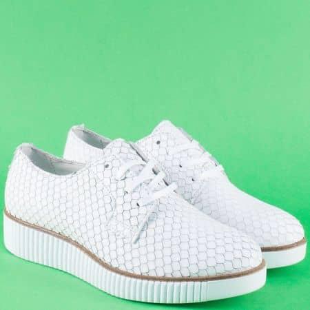 Бели дамски обувки на платформа от естествена кожа 932003zb