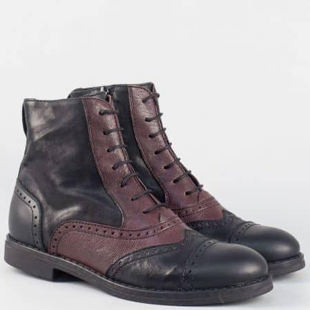 Дамски двуцветни боти на нисък ток- Navvi от естествена кожа в черно и бордо 9482chbd