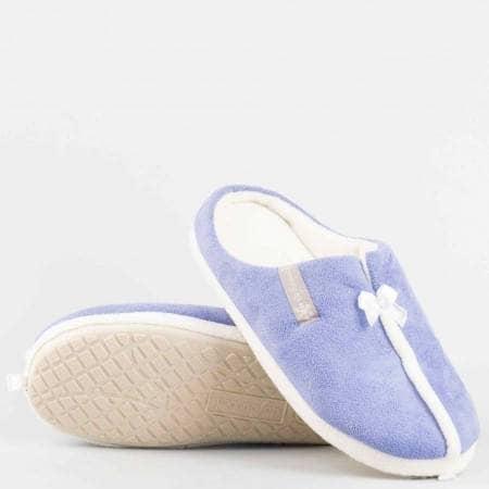 Меки и удобни дамски пантофи DEFONSECA  с доказано качество и комфорт в лилав цвят violedi61l