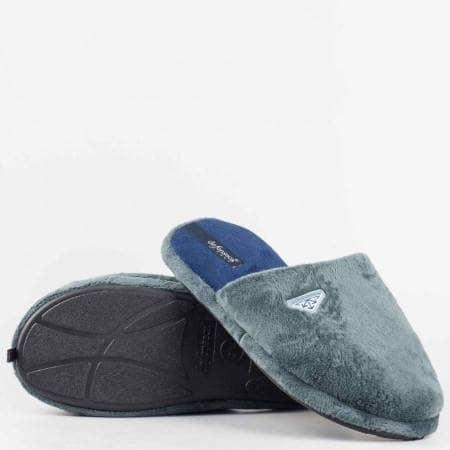 Мъжки домашни чехли с марка DEFONSECA от висококачествен текстил на комфортно ходило и приятно ароматизирани в сив цвят warmui60sv