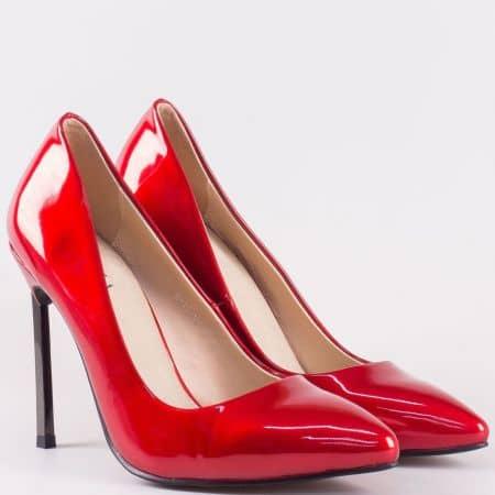 Стилни дамски обувки в червен цвят на висок метален ток- Eliza със стелка от естествена кожа 10073lchv