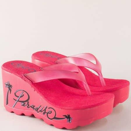 Дамски чехли на платформа с надпис в розов цвят a284138rz