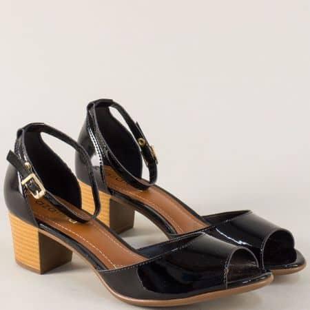 Дамски сандали на среден ток в черен цвят- Azaleia a755211lch