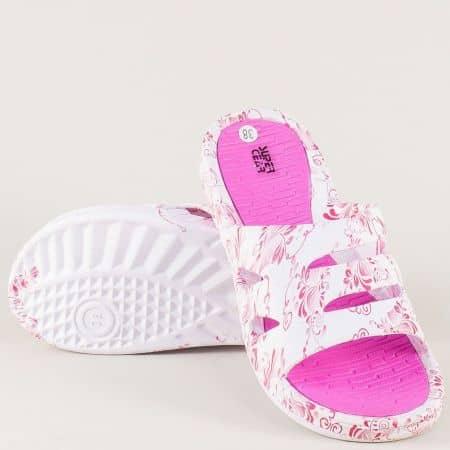 Комфортни дамски джапанки в розово и бяло на равно ходило a789-40rz