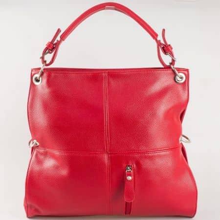 Дамска чанта за всеки ден със семпла визия на български производител в червено ch1057chv