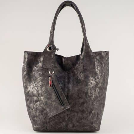 Ежедневна дамска чанта в цвят графит с практичен органайзер ch1199brz