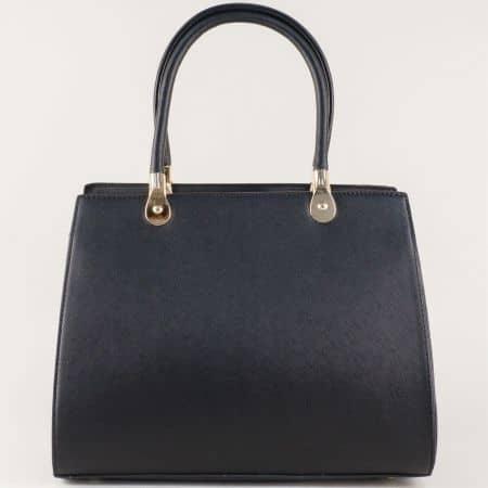 Черна дамска чанта с три отделения и стилна визия ch280016ch