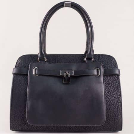 Черна дамска чанта с две къси и допълнителна дълга дръжка с модерна визия ch281216ch