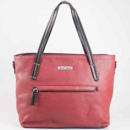 Дамска практична чанта на известната френска марка David Jones в цвят бордо ch3951-2bd