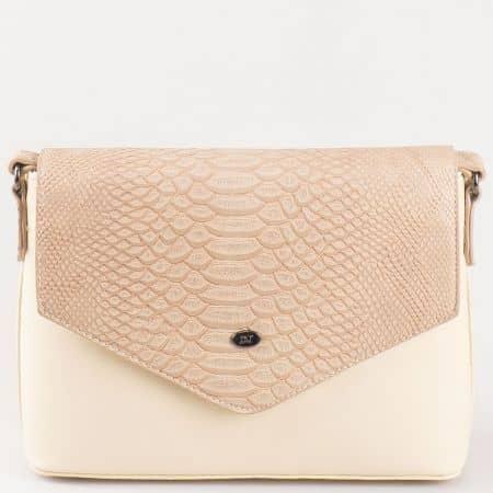 Дамска чанта с капак за всеки ден на френската марка David Jones в бежово ch5056-3bj