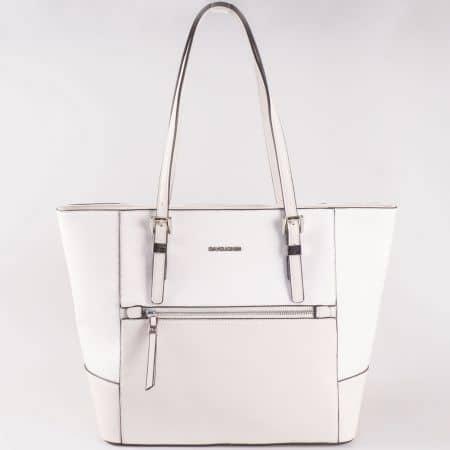 Дамска чанта за всеки ден със семпла, изчистена визия на френската марка David Jones в бял цвят ch5068-6b