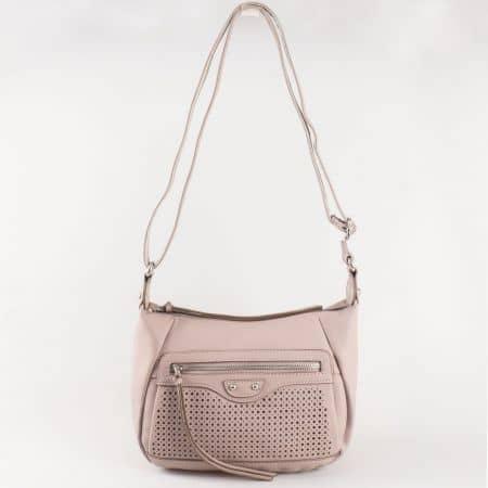 Дамска стилна чанта с дълга дръжка и семпла ежедневна визия на френския производител David Jones в лилаво ch5074-1l