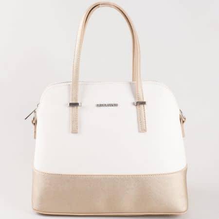 Дамска чанта за всеки ден с атрактивна визия на френската марка David Jones в златисто и бяло ch5077-1bzl