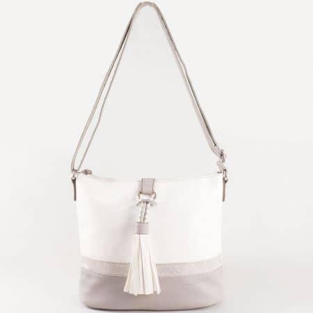 Дамска ежедневна чанта със свежа семпла визия на френския производител David Jones в сиво и бяло  ch5080-1sv
