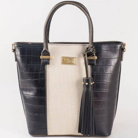 Дамска чанта за всеки ден с пискюл на френския производител David Jones в черно и бежово ch5082-2ch