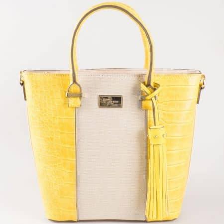 Дамска семпла чанта с атрактивна ежедневна визия на френската марка David Jones в жълто и бежово ch5082-2j