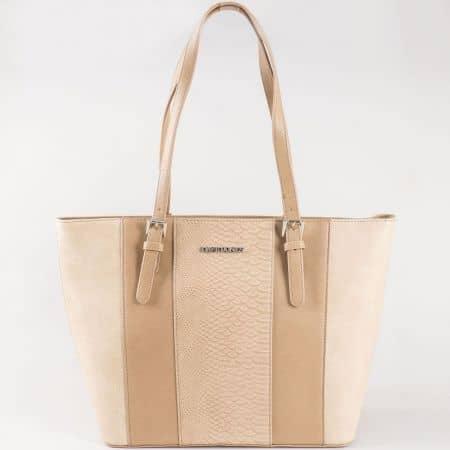 Дамска атрактивна чанта със змийски принт на френската марка David Jones в бежово ch5086-1k