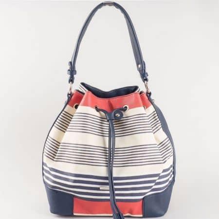 Дамска ежедневна чанта на различни цветни райета на френския производител David Jones в синьо, бяло и червено ch5090-2ts